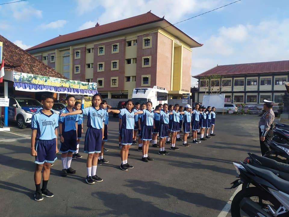 Pembinaan Patroli Keamanan Sekolah (PKS) SEMIBA di POLRES Bangli